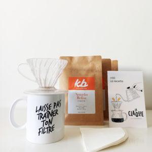Kit Expérience avec notre mug, 300g café, des filtres, un porte filtre v60 et une carte recette