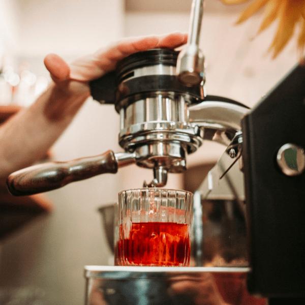 Formation Cocktails Café